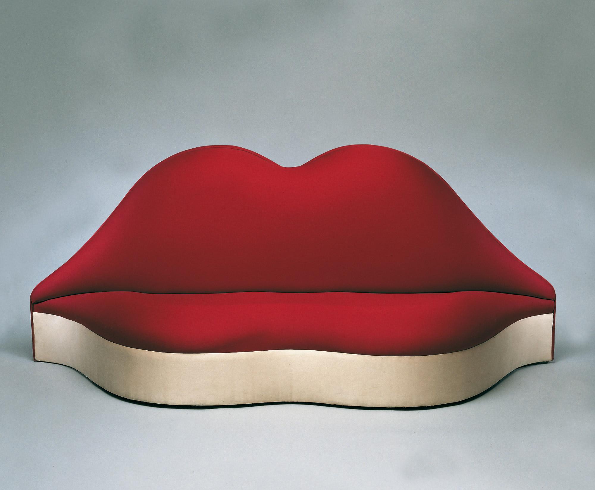 Divano Labbra Di Mae West.Dali E Il Suo Divano Mae West The Dali Universe